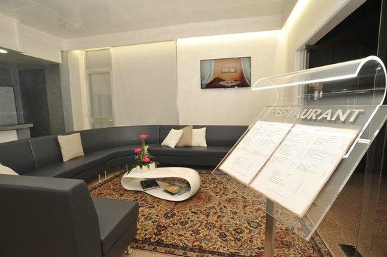 Hotel Astoria: SALA LETTURA