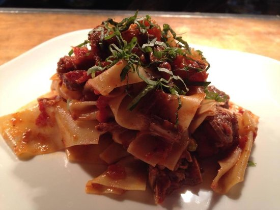 Mezza Restaurant and Bar: Hand Made Pappardelle with chef's fresh ragu