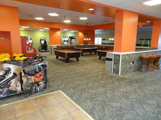 Holiday Inn Club Vacations Cape Canaveral Beach Resort: Arcade