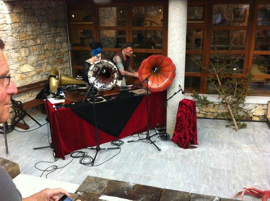 Musee de la Musique Mecanique : les phonos