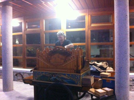 Musee de la Musique Mecanique : un orgue de barbarie
