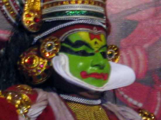 Punarjani Traditional Village: Kathakali