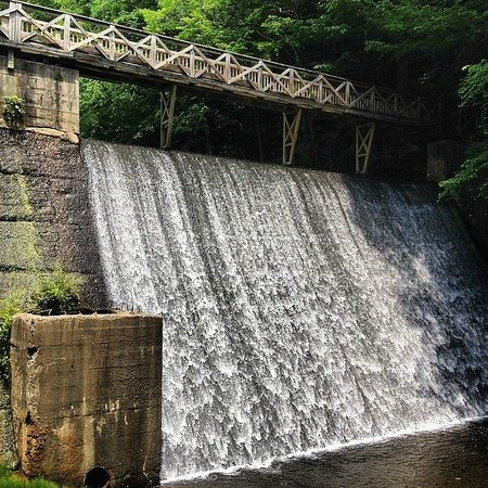 Evins Mill: The mill dam