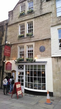 Sally Lunn's Historic Eating House & Museum : Exterior