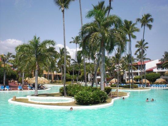 Occidental Grand Punta Cana: cascading pools