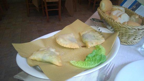 Trattoria Centro: Gatafin (local speciality)
