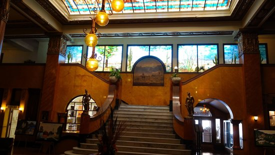 Gadsden Hotel : Lobby with staircase and stained glass mural