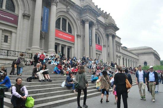 The Metropolitan Museum of Art: Lunch break at the MET