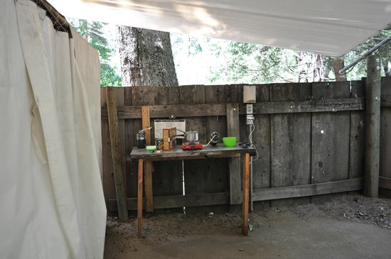 Half Dome Village: Cooking area - the light was a bonus. Still for over $100 a night?!