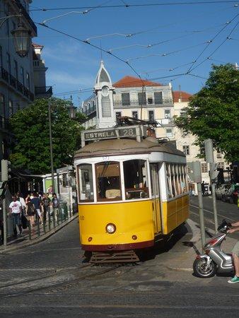 My Story Hotel Ouro : tram 28 au Chiado