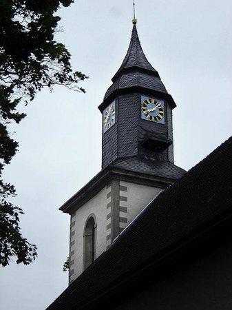 Deutsches Haus Philoxenia : η εκκλησία δίπλα στο ξενοδοχείο