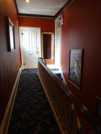Symphony Hotel: 3rd Floor