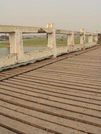 U Bein Bridge: мост У Байн