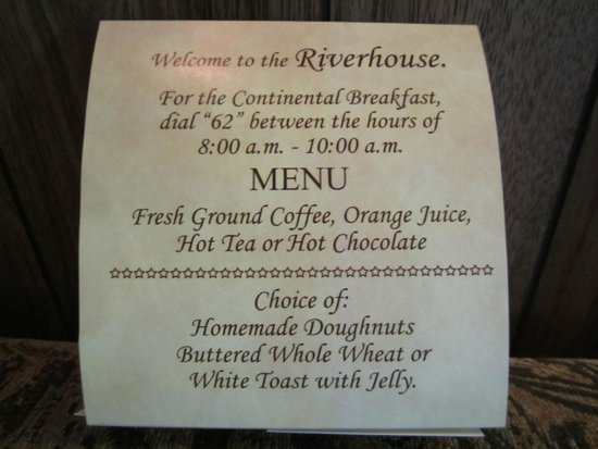 Riverhouse Motels: continental breakfast