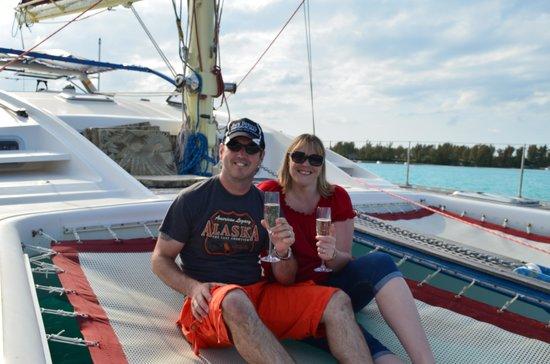 Grotto Bay Beach Resort & Spa: Enjoying the cruise