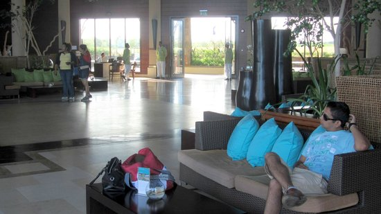 InterContinental Mauritius Resort Balaclava Fort: Hotel lobby