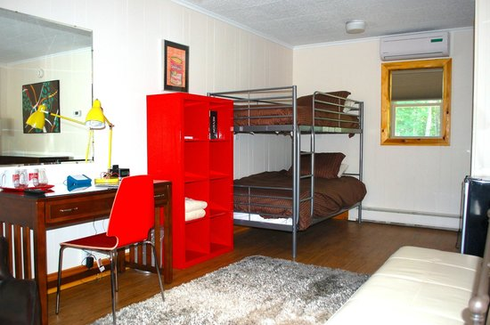 North Creek, NY: King Room with Bunk Beds