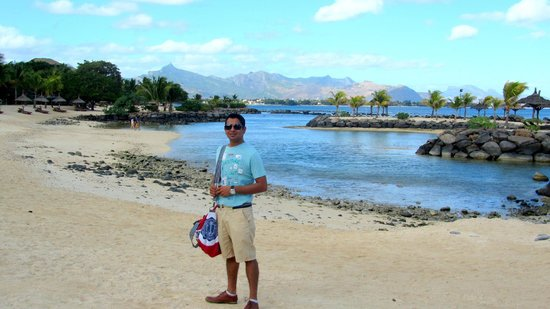 InterContinental Mauritius Resort Balaclava Fort: Beach behind the hotel