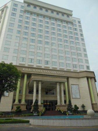 Tan Son Nhat Hotel: ホテルの外観