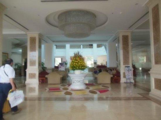 Tan Son Nhat Hotel: ホテルのロビー