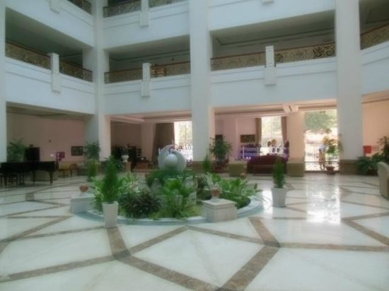 Tan Son Nhat Hotel: ロビーその2