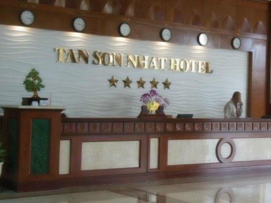 Tan Son Nhat Hotel: フロント