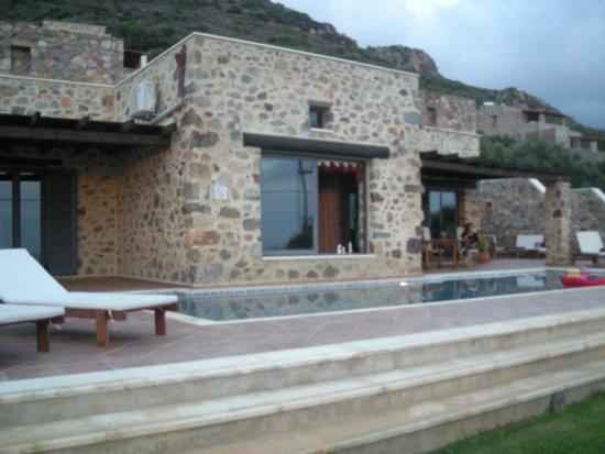 Keramoti Villas: Poolbereich