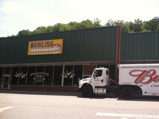 Country Side Bowling Lanes
