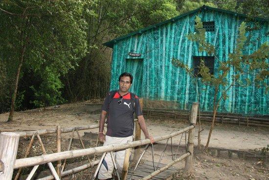 Parambikulam Wildlife Sanctuary: Myself at the Island House!