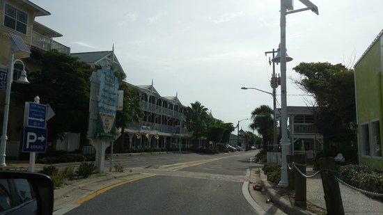 Cedar Cove Resort & Cottages: around the Island