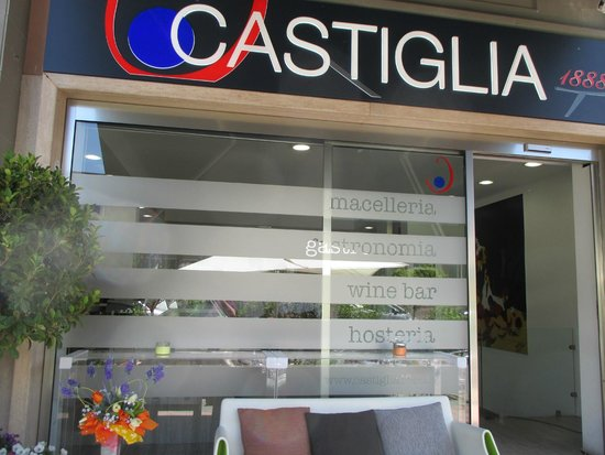 Castiglia 1888 : ingresso