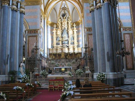Cappella Sansevero: L'interno della Chiesa di San Domenico Maggiore