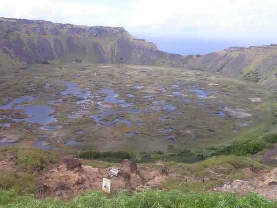 Buceo Isla de Pascua: vulcão