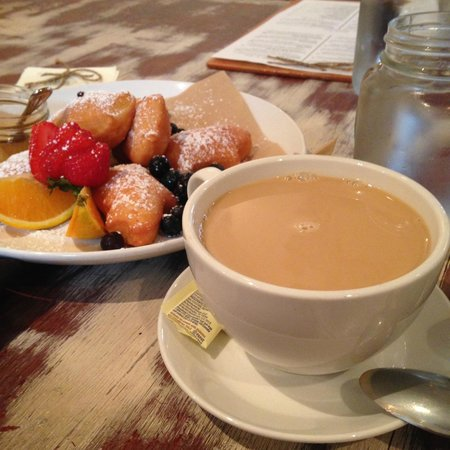 The Porch Restaurant and Bar: Beignets and a latte!