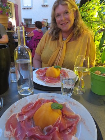 Le Tourne au Verre: Prosiutto and Melon