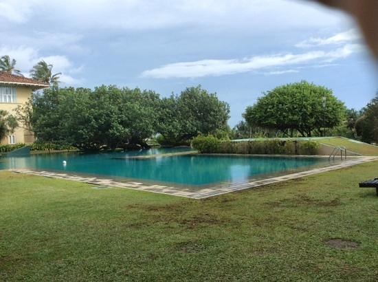 Heritance Ahungalla: residents pool