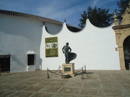 La Ciudad : homenagem ao toureiro