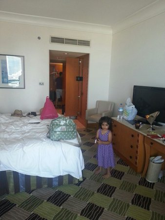 Hilton Dubai Jumeirah: Room 732 Executive Suite