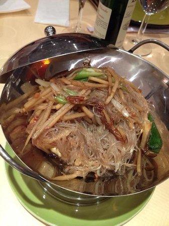 PARADIS THAI : fondue chinoise (je ne suis pas sure... mais c'est bon)