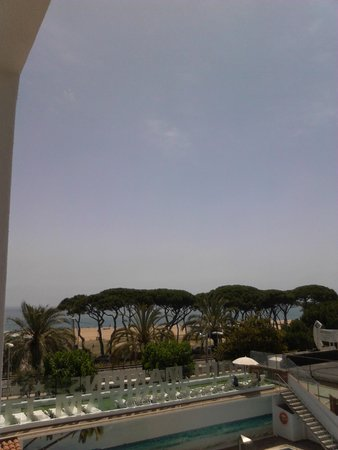 ALEGRIA Maripins : view from room