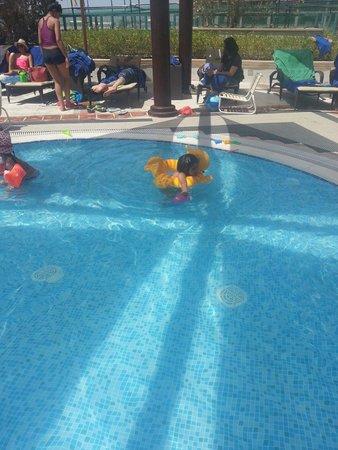 Hilton Dubai Jumeirah : Kids pool
