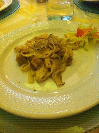 Tempero: 非常好吃的松露蘑菇義大利麵