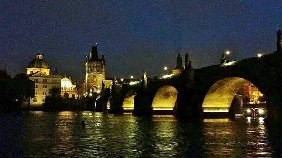 Premiant City Day Tour: Ponte Carlo