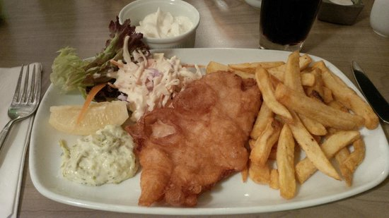 The Famous Peacock Inn: Fish and chips with coleslaw and a generous portion of mayo!