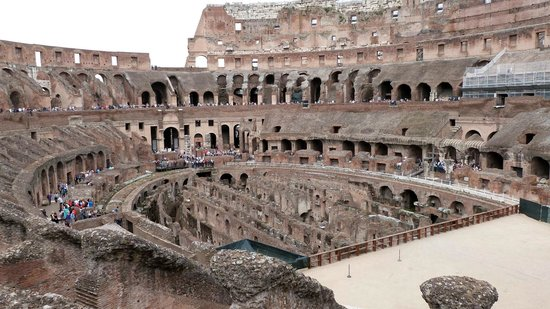 LivItaly Tours: The Colosseum