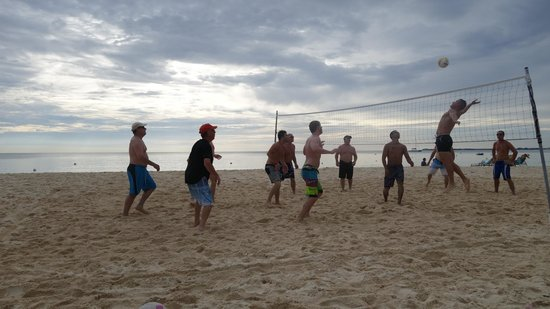 Coral Stone Club: Beach volleyball at Coral Stone