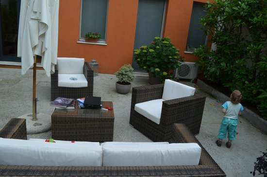 Piazza Nova Guest House: View from our appartments