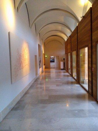 Parador de Alcalá de Henares: Pasillos