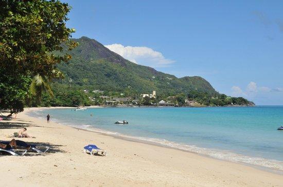 Coral Strand Smart Choice Hotel Seychelles: Пляж