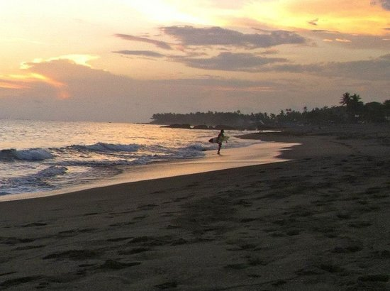eHomestay Canggu : Great surf and sunsets